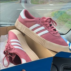 Adidas Size 7 1/2 ONLY worn once!